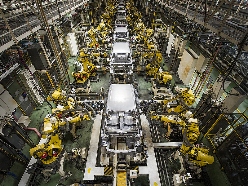 Az autógyártók húzzák a magyar ipart (bővített)