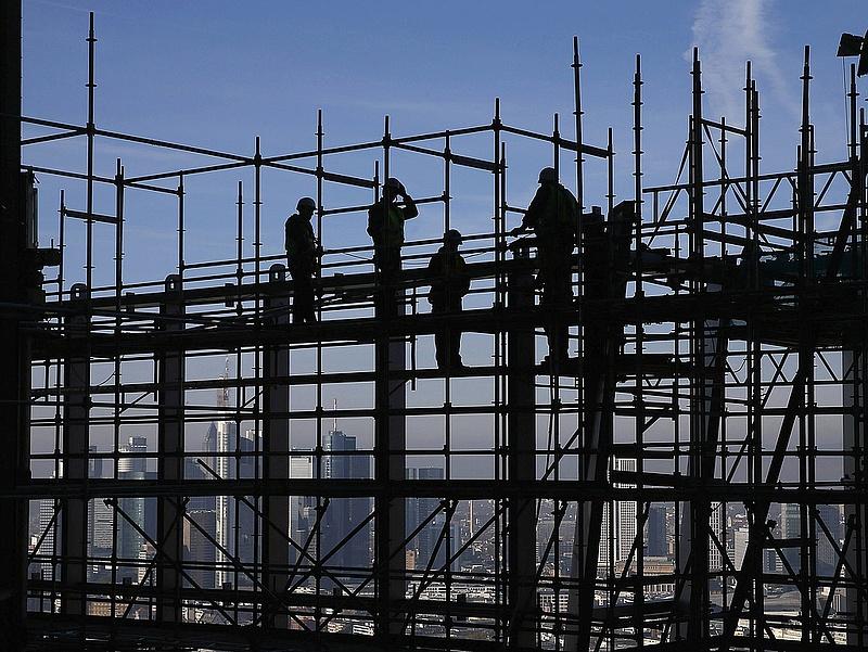 Fékez az építőipar
