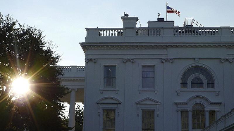 Trump szerint a Fehér Ház egy szemétdomb