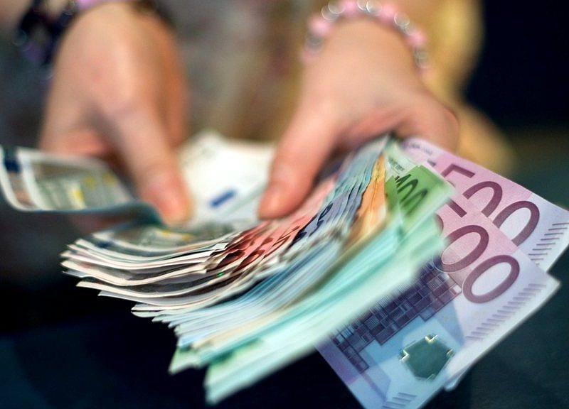Több milliárd eurónyi készpénznek nincs nyoma