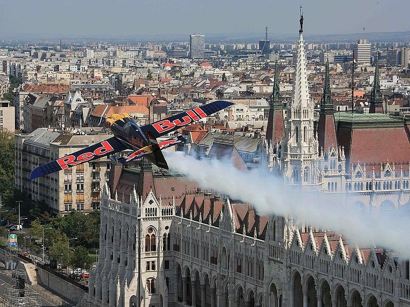 Zavarja a Red Bull Air Race? Akkor ennek örülni fog
