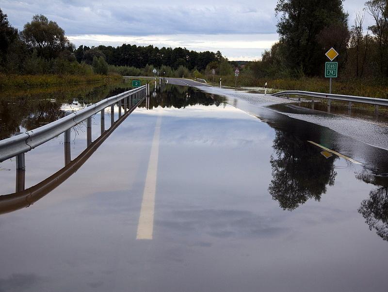 Több helyen csökkentették az árvízi készültséget