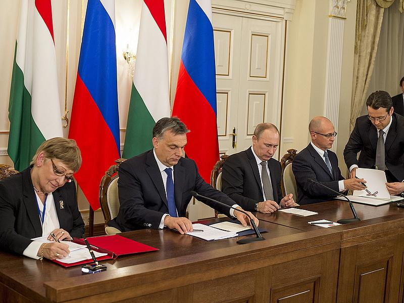 Putyin telefonált Orbánnal