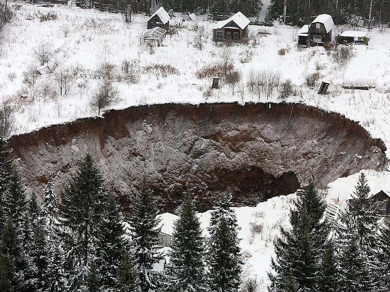 Gátszakadás Oroszországban - sokan meghaltak