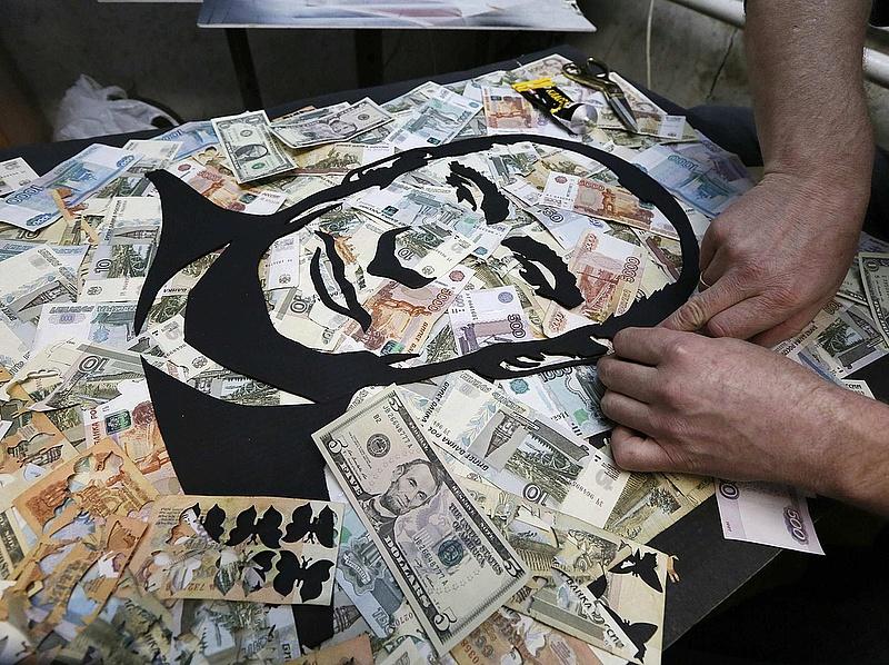 Fitch: ártanak a szankciók az orosz olajipari cégeknek