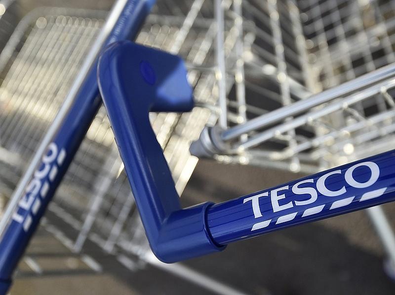 Megszólalt a Tesco a vasárnapi zárva tartással kapcsolatban