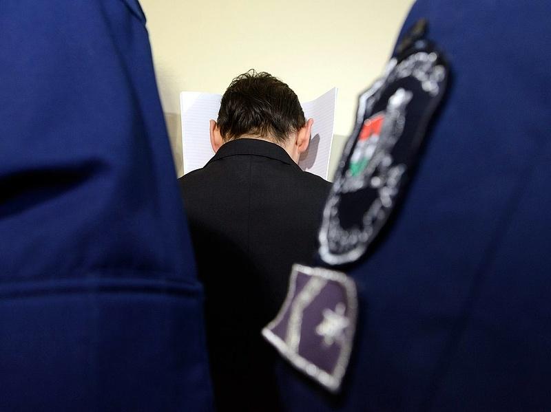 Vizoviczki-ügy: letartóztattak egy volt rendőr alezredest