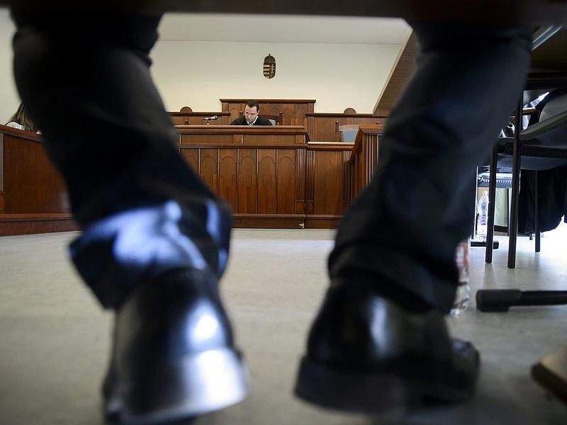 Jogerősen felmentette a bíróság a volt Főtáv-vezért