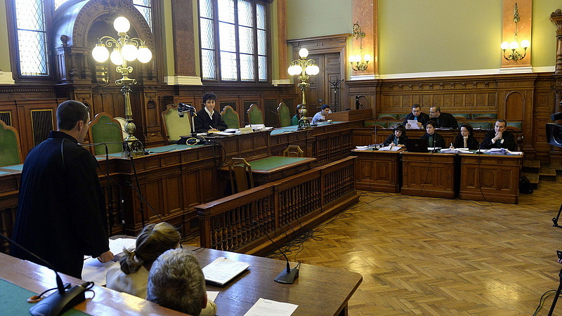 Bajban a Budapest Környéki Törvényszék - sorra távoznak a bírók
