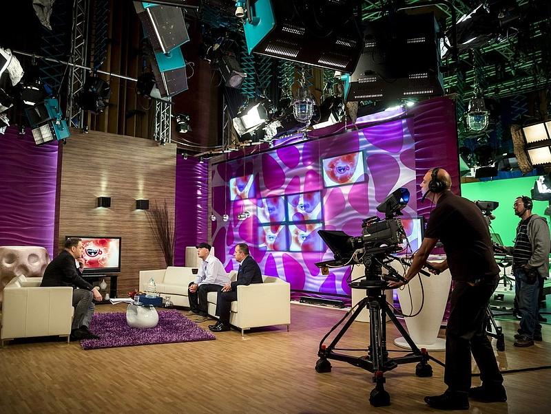 Nagy adósságban a TV2, jól megy az ATV-nek