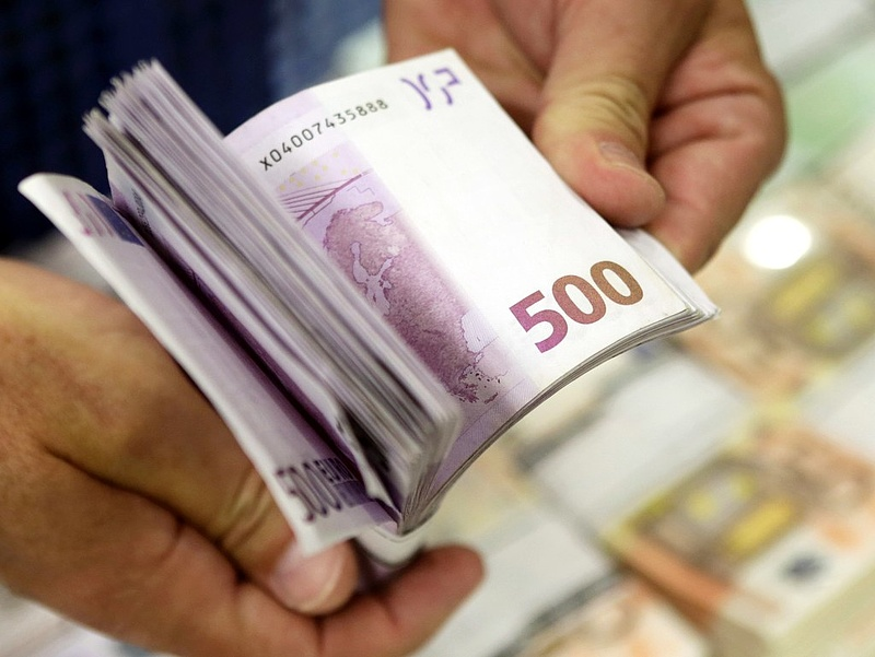 Várjunk még az euróvásárlással?
