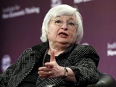 A Fed-elnök szerint nincs szükség a kamatok erőteljes emelésére