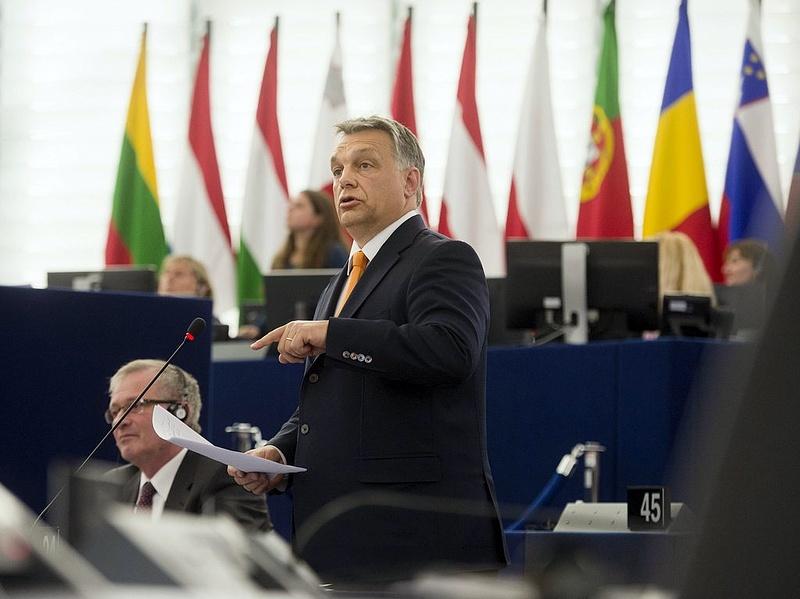 Az EU tagállamai maguk dönthessenek a bevándorlásról Orbán szerint