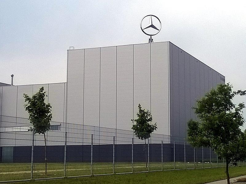 Így segít a kormány a Mercedesnek - Kecskemét örülhet
