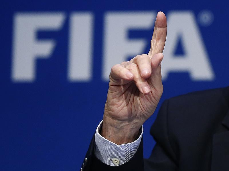 FIFA-botrány: három sportvezetőt eltiltott az etikai bizottság