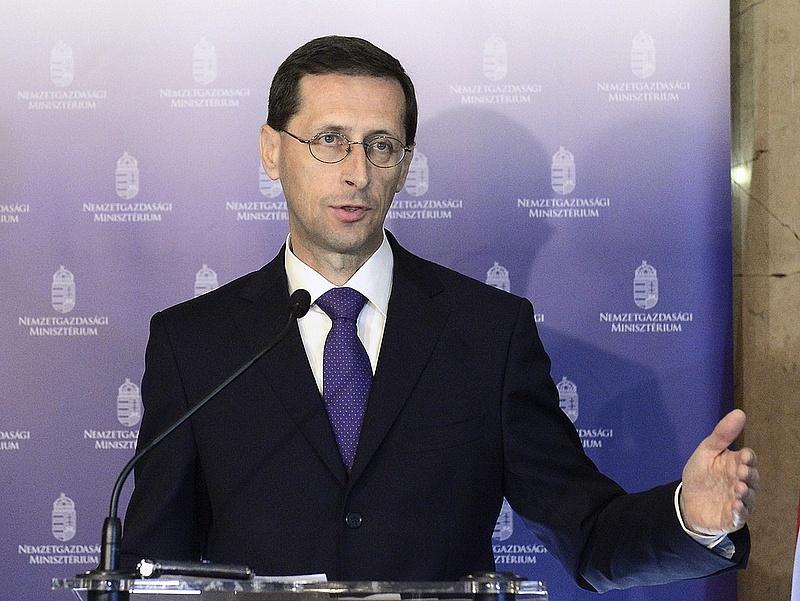 Varga Mihály: egyre hitelesebb a magyar kormány