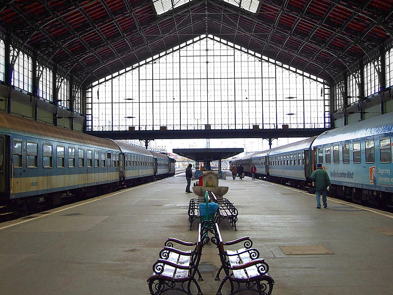 Összevonta a kormány a Keleti- és a Nyugati pályaudvar felújítási programját