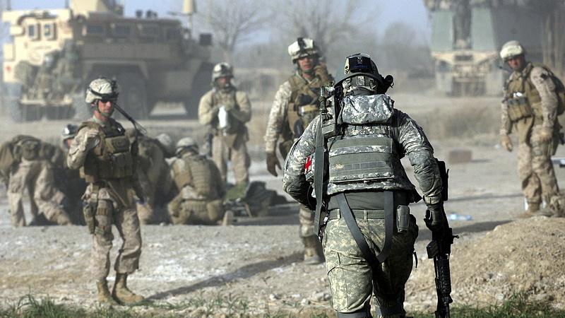 Újabb sereget küld Amerika a Közel-Keletre