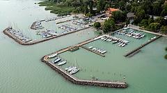 Nagy a pörgés a Balaton-parton - adásvételek, milliárdok, fejlesztések