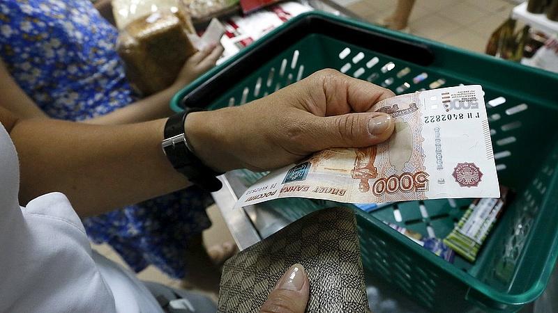 Tizedével csökkentek az orosz reálbérek