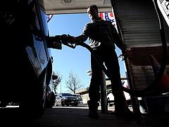 Autósok, figyelem! Ekkora benzináresés jön még Magyarországon!
