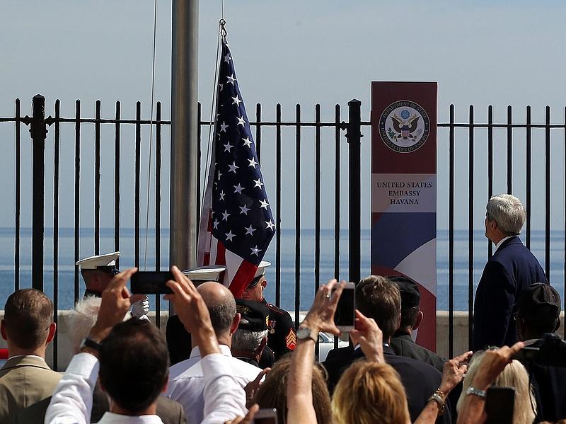 Kerry: Washington gyorsabban képes semlegesíteni az IÁ-t, mint az al-Kaidát