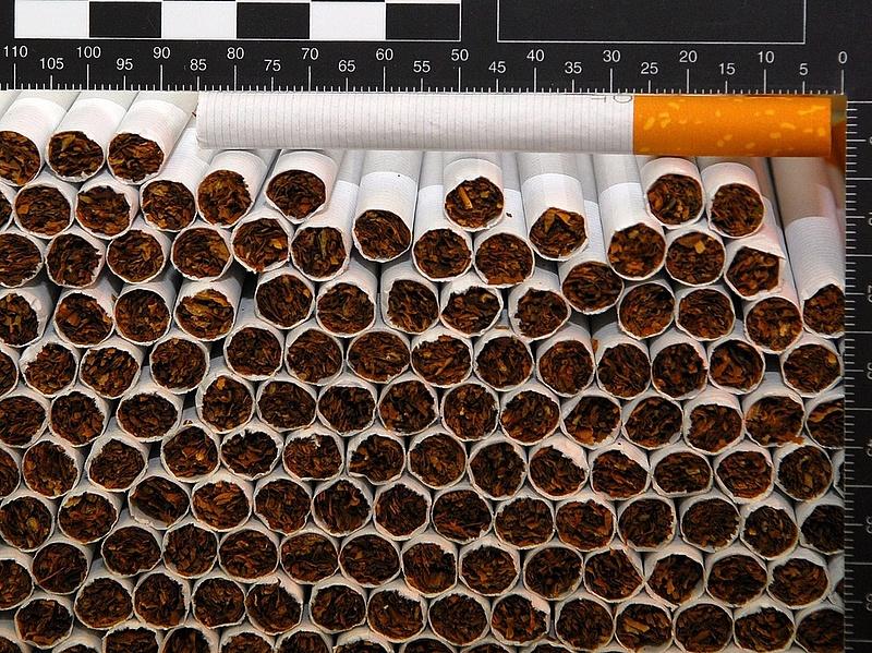 Eltűnt egymillió doboz cigi a trafikokból