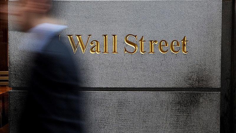 Még mindig pánikolnak a befektetők - gyengüléssel nyitott New York