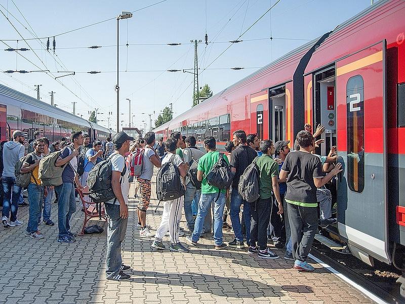 Menekültválság: Berlin cáfolta a különvonatok leállítását