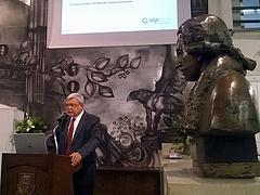 Csányi Sándor: ezért maradt le Magyarország a régiótól
