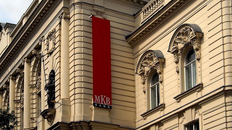 Mekkora a fizetés az MKB-nál?