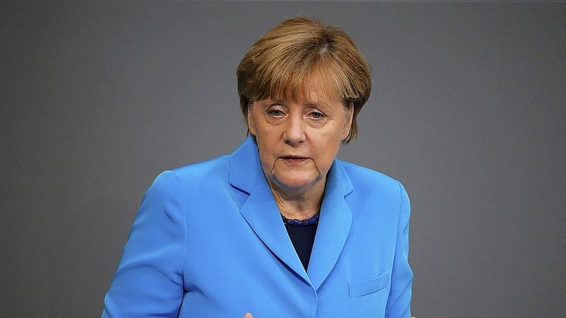 Bejelentést tett Merkel: egy fontos dolgon változtatna