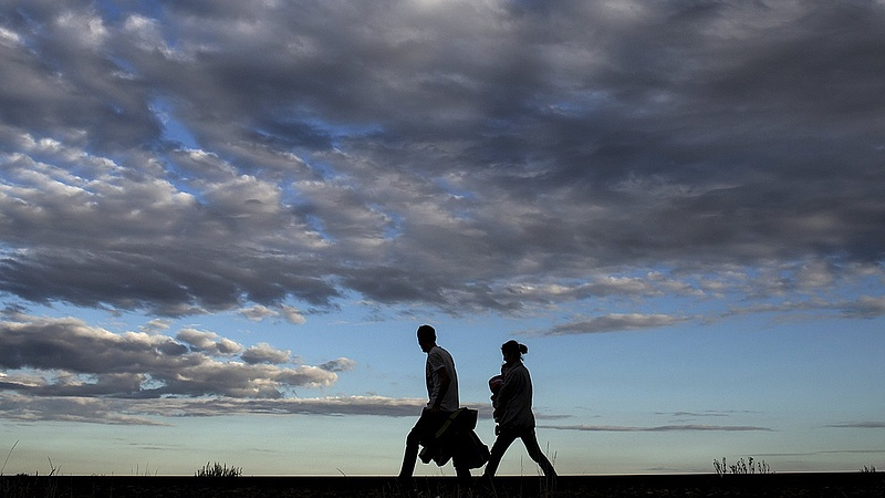 Menekültek: Merkel fontos kijelentést tett