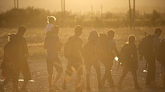 Menekültek: új javaslattal állt elő az EU