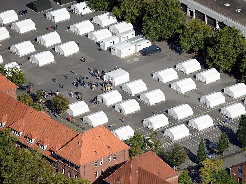 Mit tervez a menekültekkel Brüsszel?