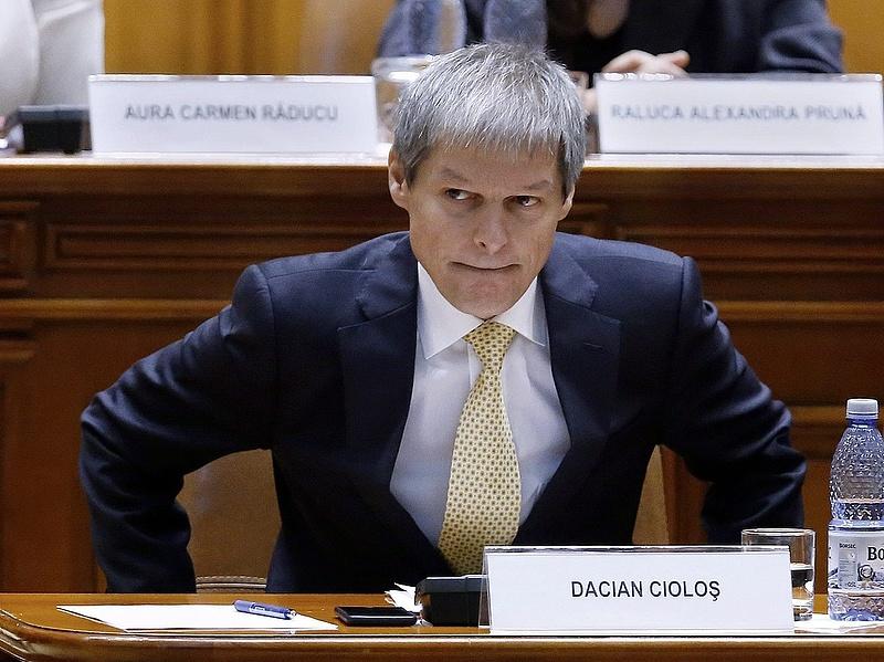 Bizalmat szavaztak az új román kormánynak