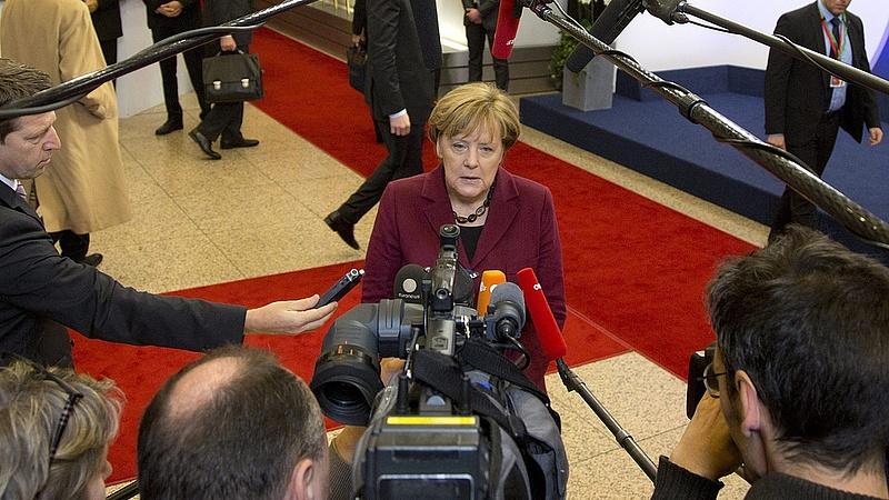 Merkel: ha a háború véget ér, a menekülteknek haza kell menni