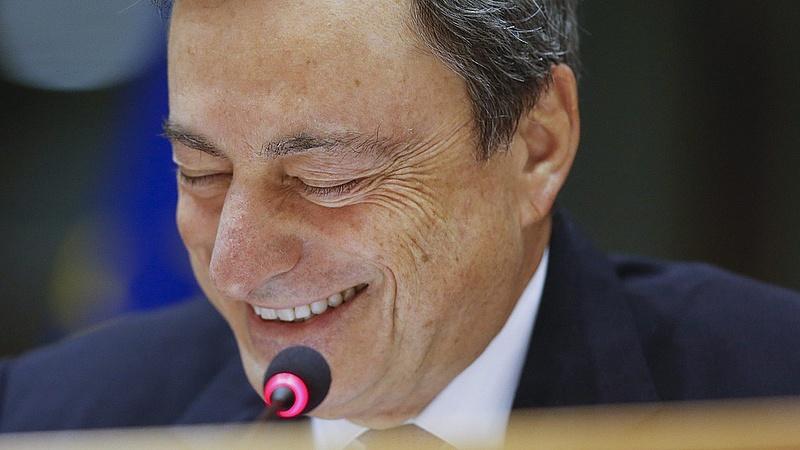 Elhárult a veszély - megszólalt Draghi