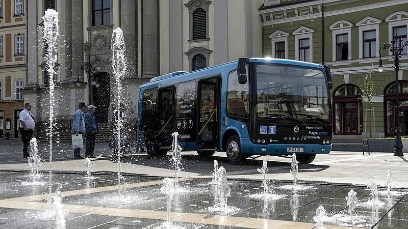 Nagy dobás Budapesten - megszólalt a buszgyártó milliárdos