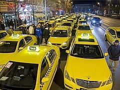Kormány - igazuk van a taxisoknak