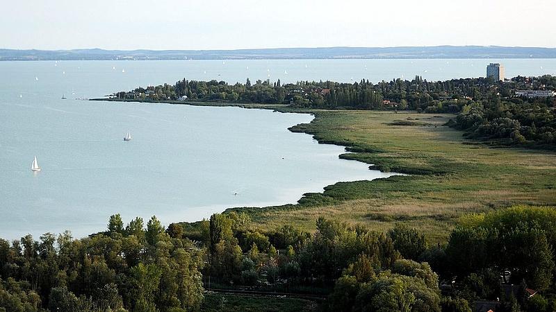 Bóka: nem való hadiipar a Balaton mellé