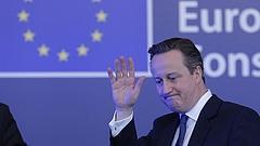 Fontos bejelentést tett Cameron (bővített)