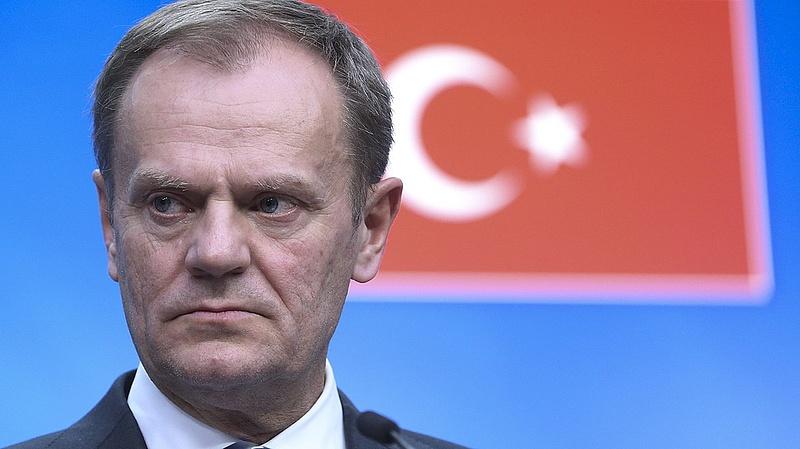 Tusk: Törökország a legjobb példa arra, miként kell kezelni a menekülteket (bővítve)