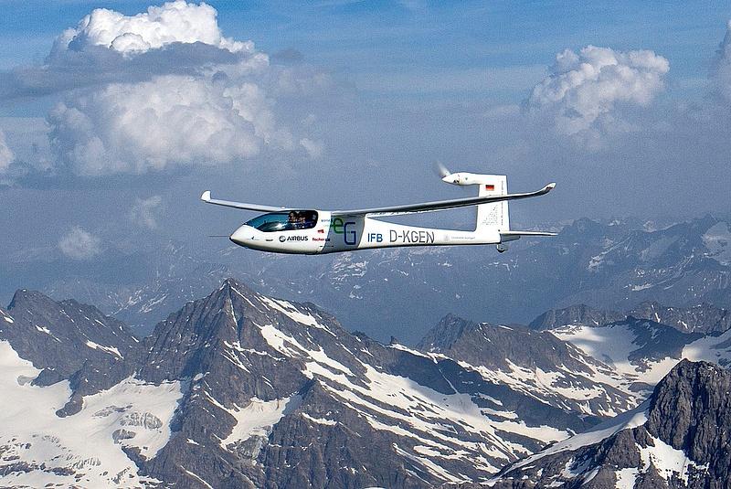 Elektromos repülőgép sorozatgyártására készülnek Kecskeméten