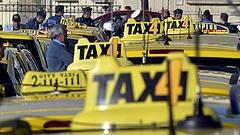Taxist üldöztek a rendőrök Budapesten