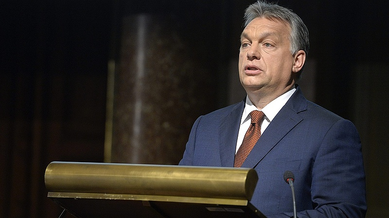 Zárt táborokat hozna létre Orbán Viktor