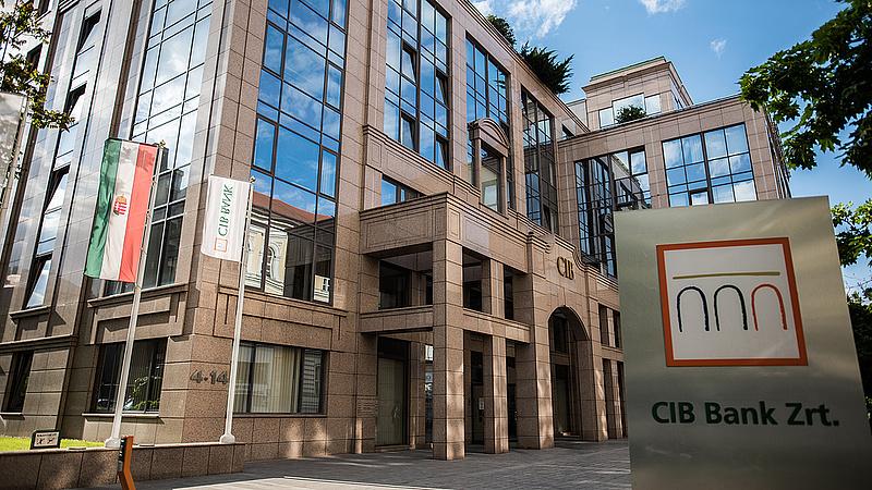 Pénzt ad a CIB a Szent László Kórháznak