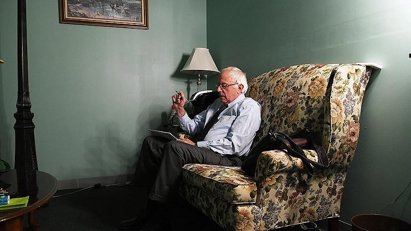 Hivatalosan is elismerték: Sanders szívinfarktust kapott