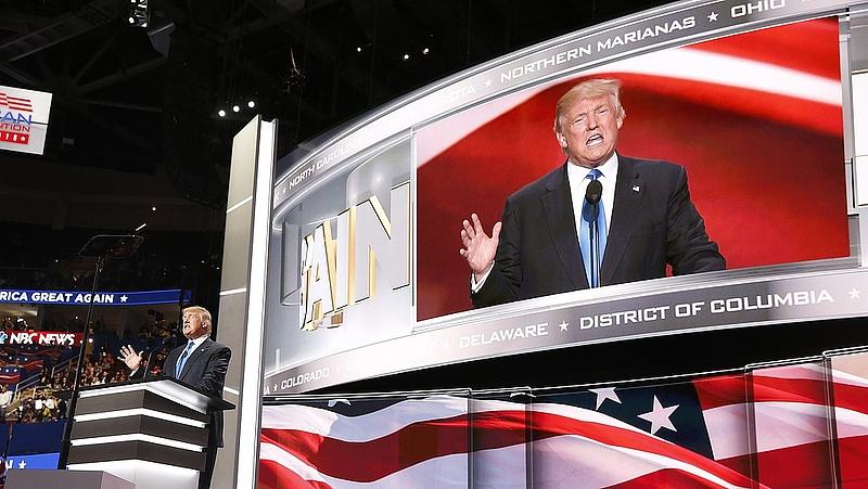 Dagonyáznak a pocskondiázásban Trump támogatói