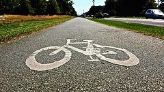 Felpörgeti a kerékpárút-építéseket a kormány